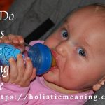 When Do Babies Start Holding Bottle?
